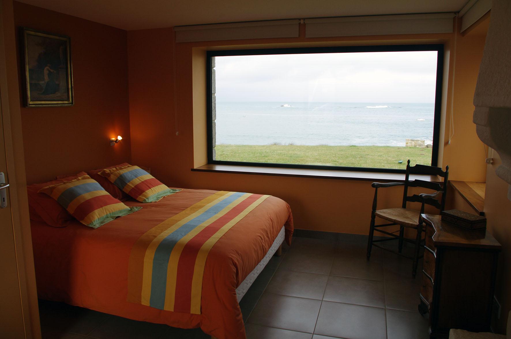 villa-prestige-bretagne-chambre-vue-mer
